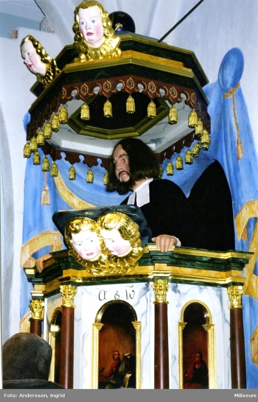 Armémuseum. Präst i predikstolen, ca 1680.
