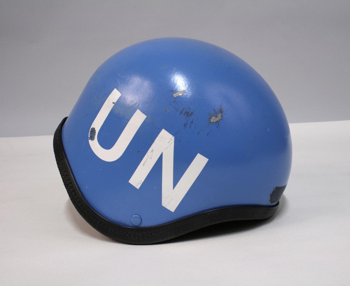 Blå hjelm