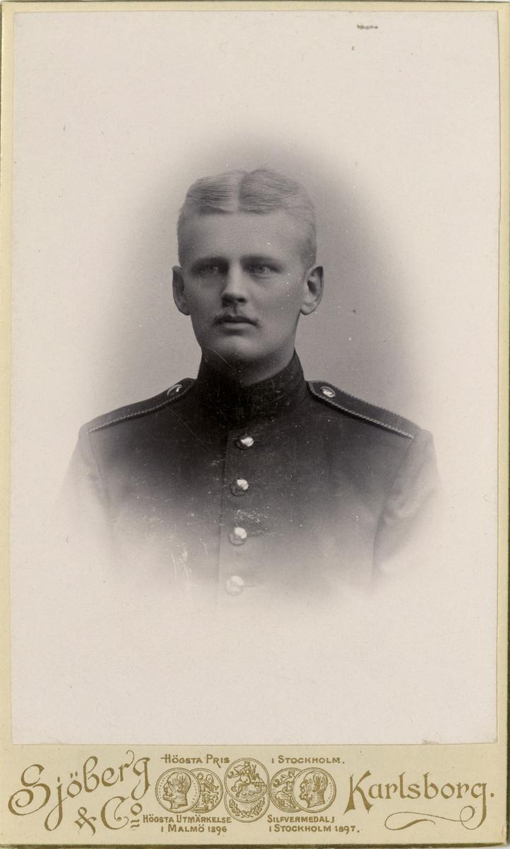 Porträtt av Carl Wilhelm Isakson, underlöjtnant vid Västernorrlands regemente I 28.