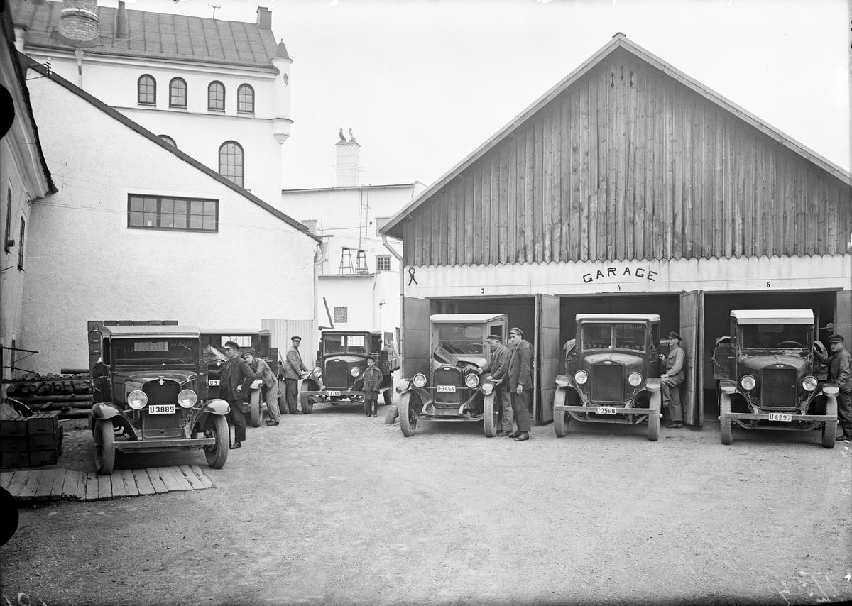 Köpings bryggeri, garage och bilar.