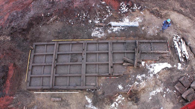 Kjølhalingspram funnet under undersøkelsene på Operatomta, trolig fra 1700-tallet. (Foto/Photo)