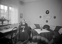 """""""Belåtna hyresgäster i Frideborg"""", Uppsala 1938"""
