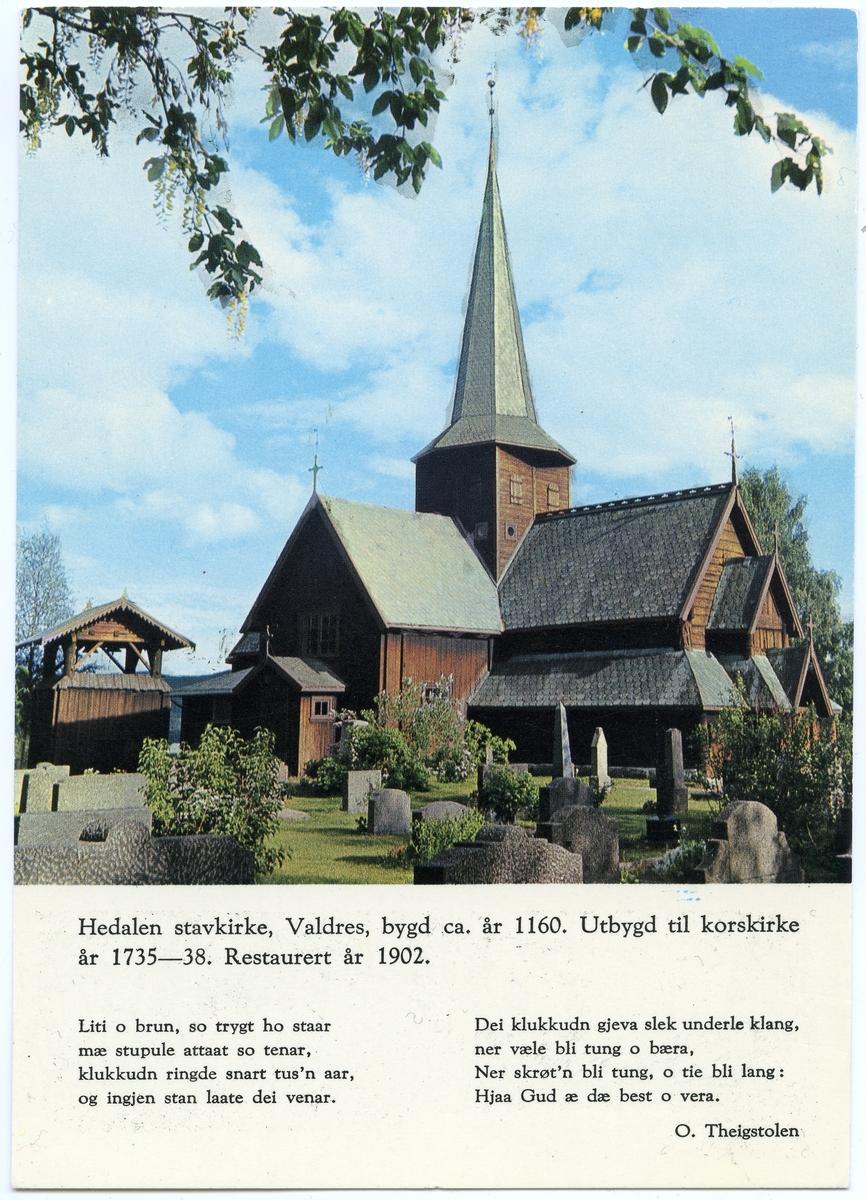 Postkort med motiv av Hedalen stavkirke.