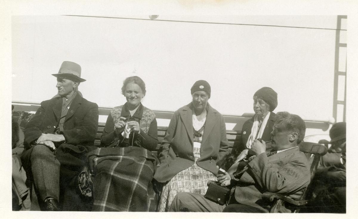 """Olaus Islandsmoen på  """" Stavangerfjord """", 1932."""