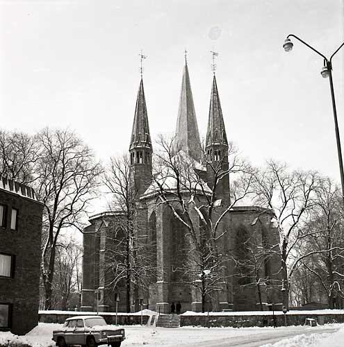 Domkyrkan sedd österifrån.