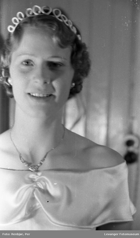 Kåring, kroning av Nord-Trøndelags prinsessen under byjubileet i 1936.
