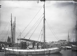 Fiskeskøyte Reg. R.327