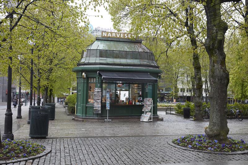 Narvesenkiosken på Karl Johans gate (Foto/Photo)