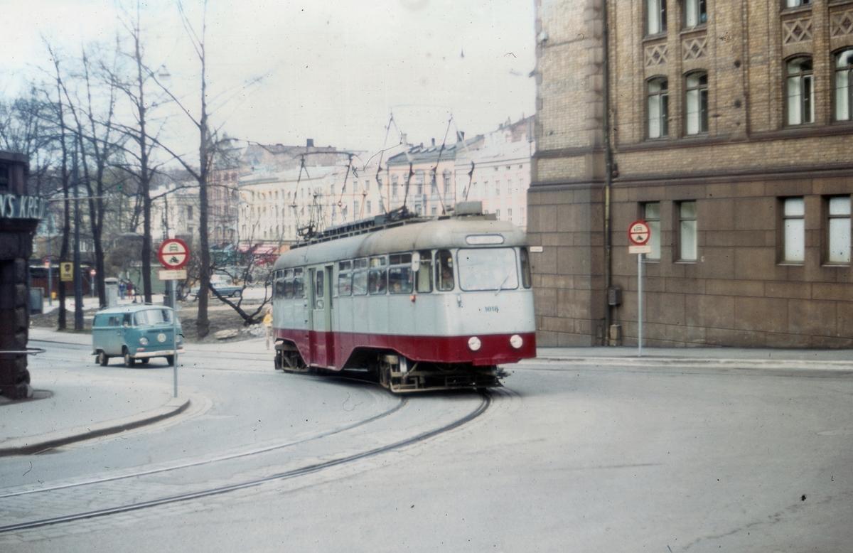 Ekebergbanens sporvogn 1018 ved Wessels plass i Oslo
