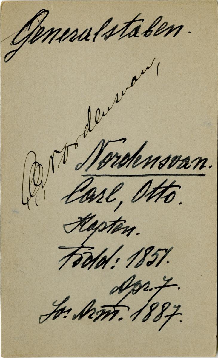 Porträtt av Carl Otto Nordensvan, chef för Krigshögskolan. Se även AMA.0008133.