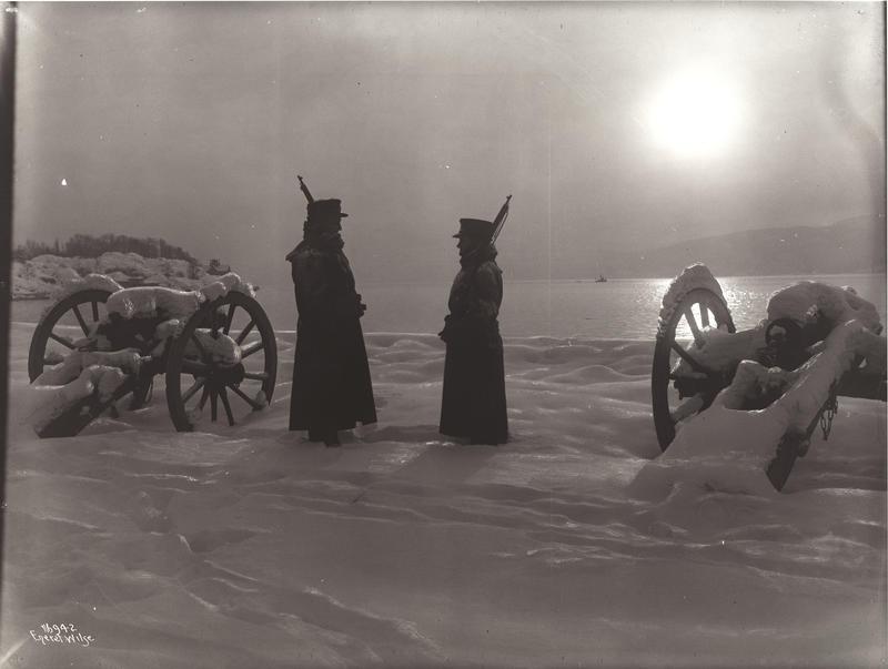 Drøbak Dr. Morteruds Vagtavløsning 1915 (Foto/Photo)