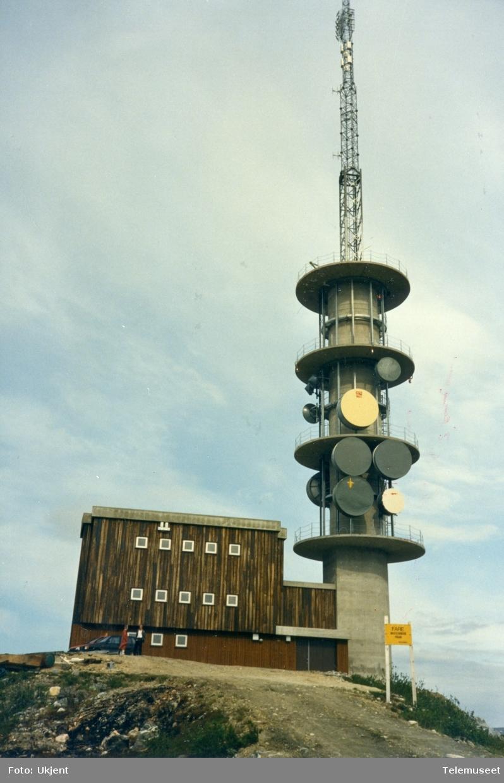 Tønsnesvarden radiolinkstasjon etter ombygging