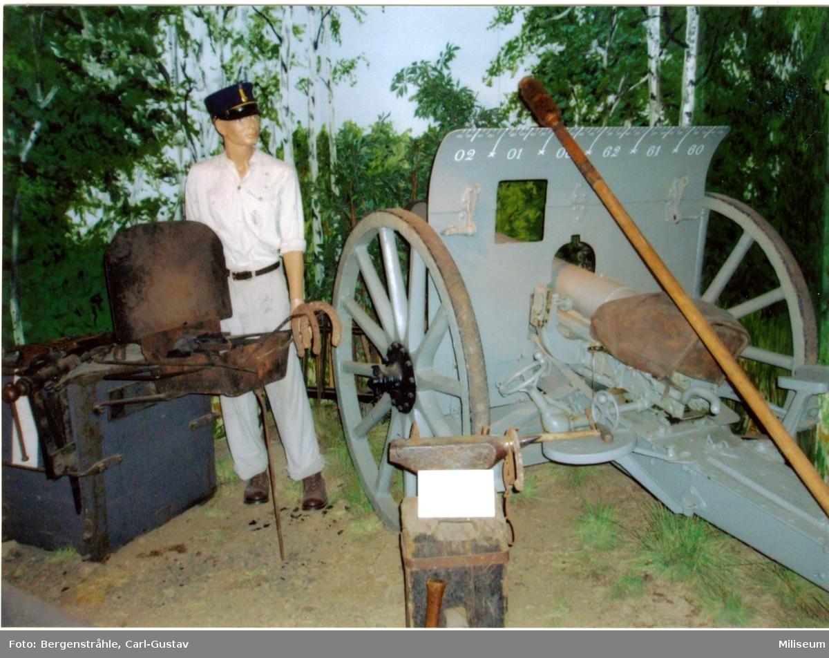 Kanon m/1902. 7,5 cm. I museet.