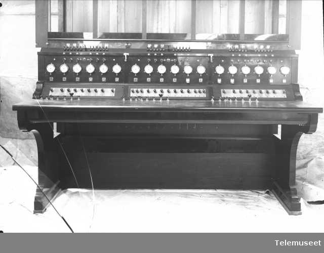 Telefonsentraler, interurbanbord, Trondheim (større målestokk), 23.3.12. Elektrisk Bureau.