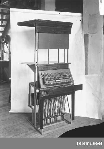 Telefonsentral, riksbord, Stavanger. Nov 1914. Elektrisk Bureau.