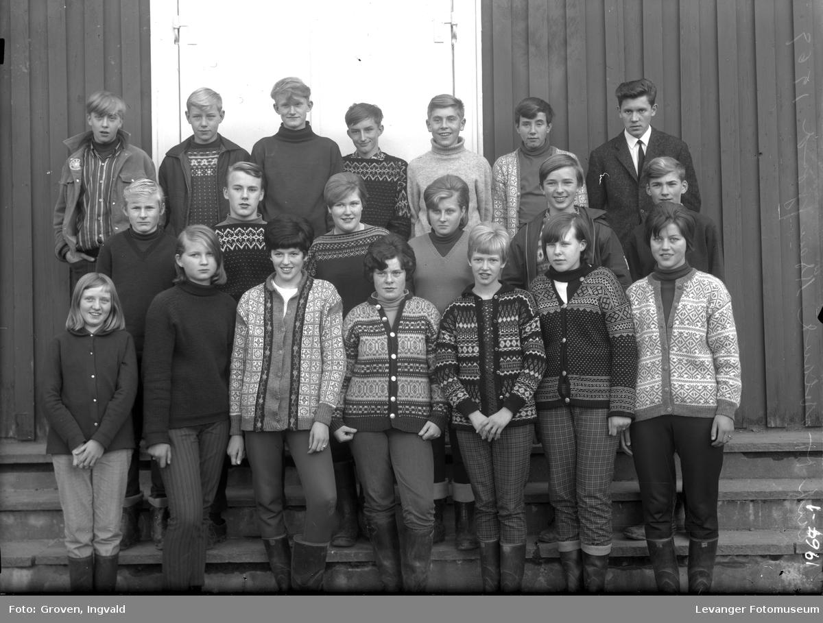 Skolebilde fra folkeskole Solhaug skole i Åsenfjord.