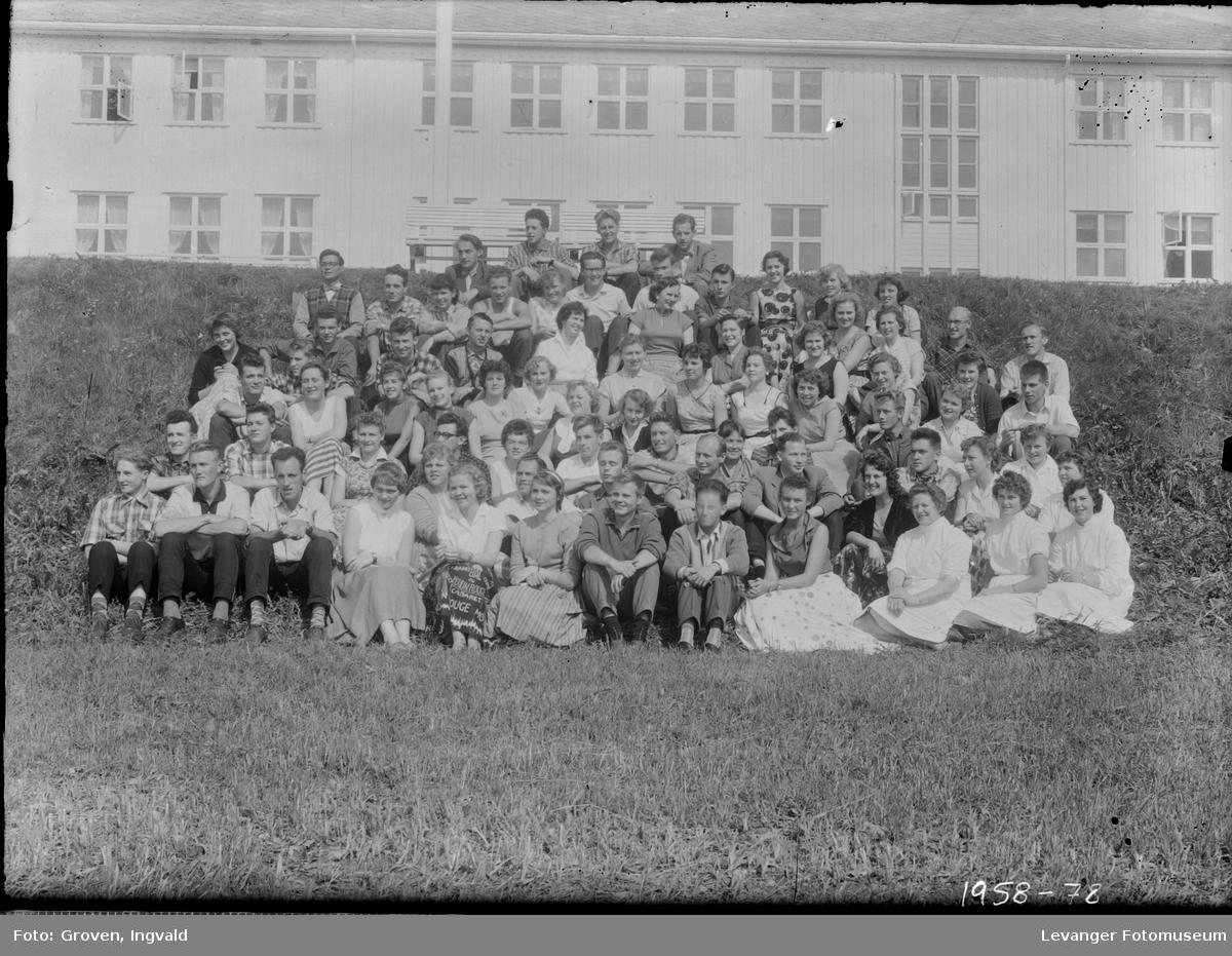 Skolebilde fra  Skogn folkehøgskole