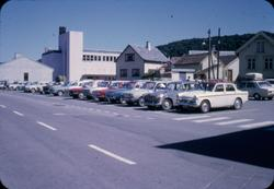 Biler på parkeringsplass ved Areneset, Egersund