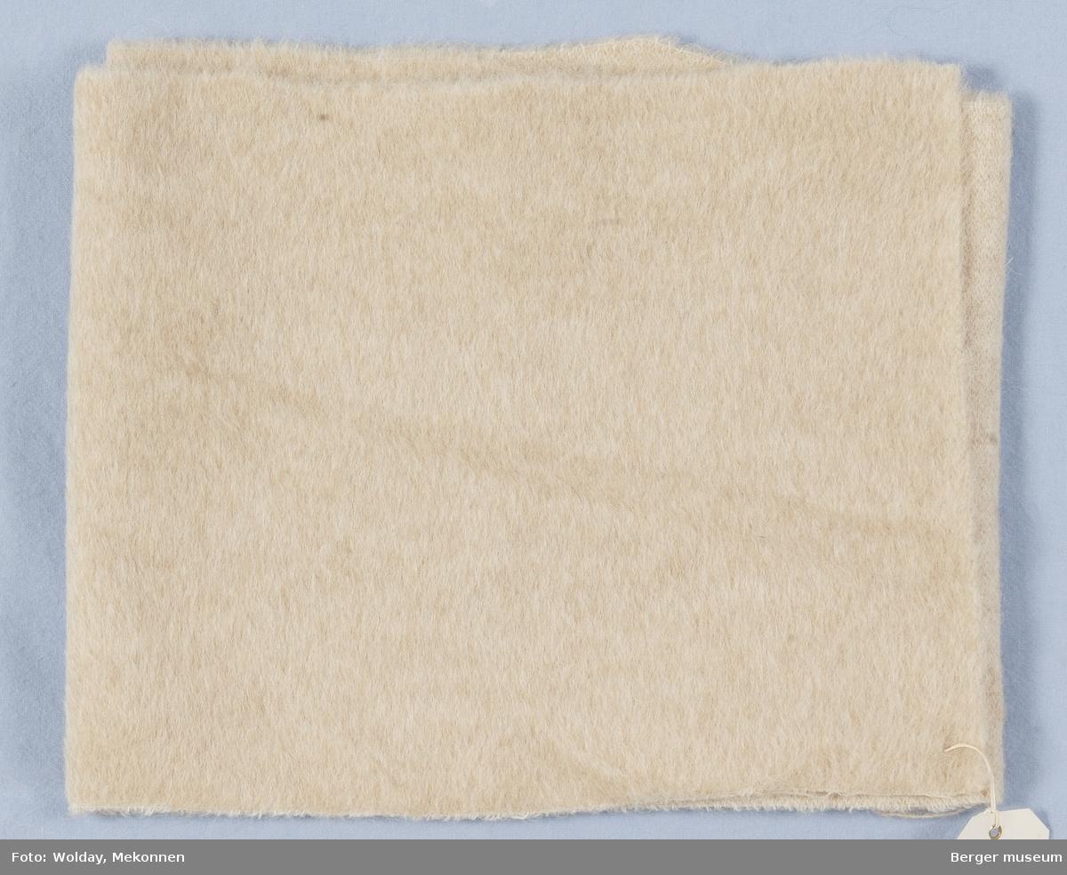 1 enkeltprøve L'Lama kåpe Kvalitet 4149 Melert breddeprøve