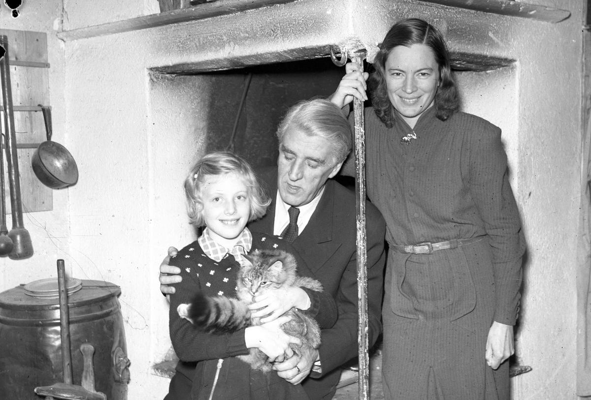 Gösta Nygren med familj, disponent, Furuvik.