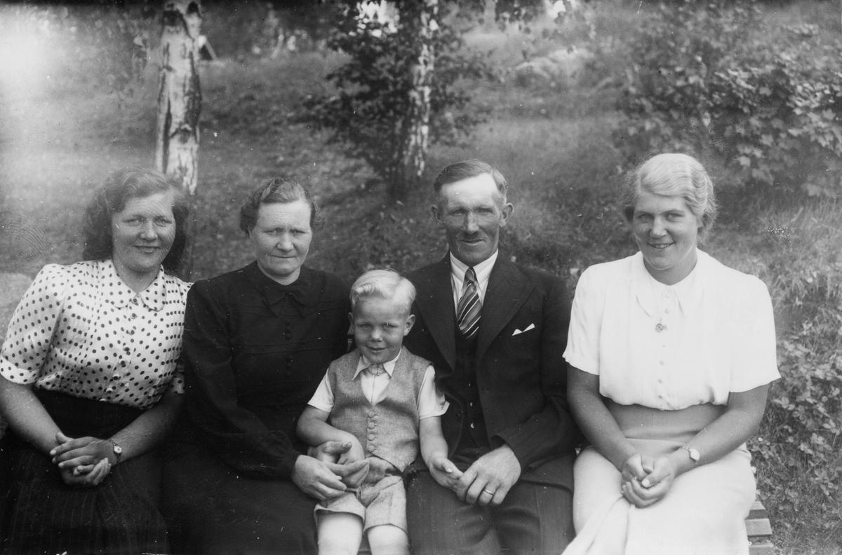 Bild på okänd familj.
