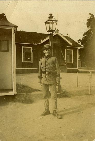 "Enligt Bengt Lundins noteringar: ""Kommissarie Hedberg 3:e bataljonens stab""."