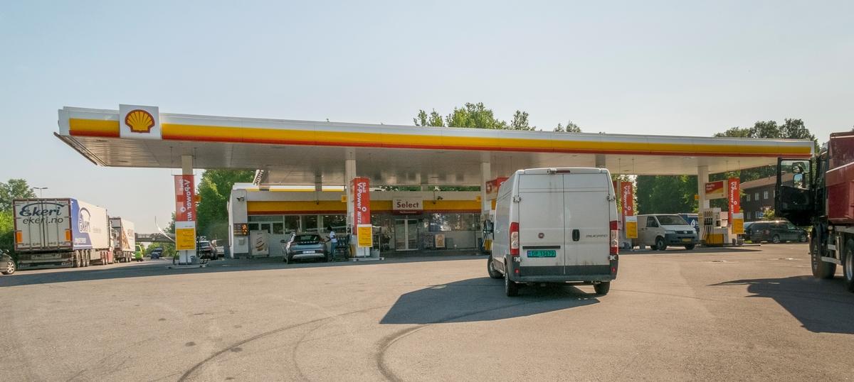 Shell bensinstasjon E6 Nordgående Skedsmokorset Skedsmo