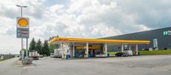 Shell bensinstasjon Prestmoen Kløfta Ullensaker. På sydgåend