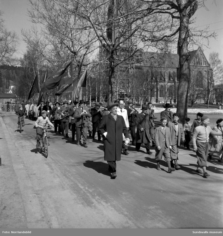3000 demonstranter trängs på gator och torg på första maj 1951.