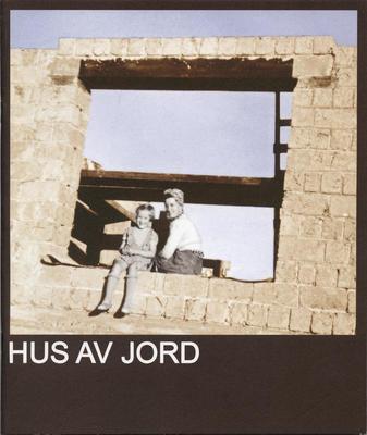 Hus_av_jord_-_MiA_Museene_i_Akershus.jpg. Foto/Photo