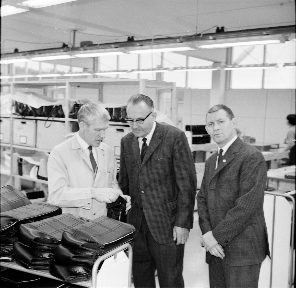 Visning av väskfabriken. November-1967