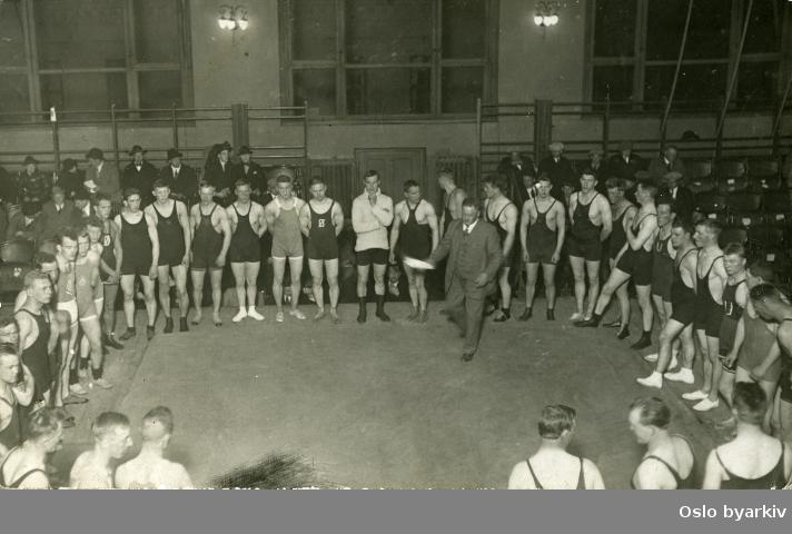 Brytestevne i oktober 1923. Ukjent sted og ukjente deltakere