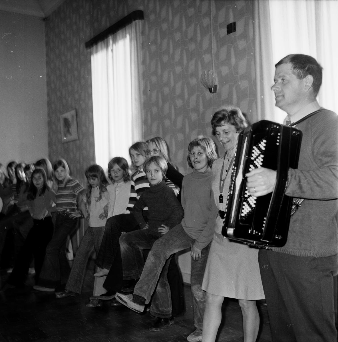 Godtemplarlokal, Juniordans, April 1972