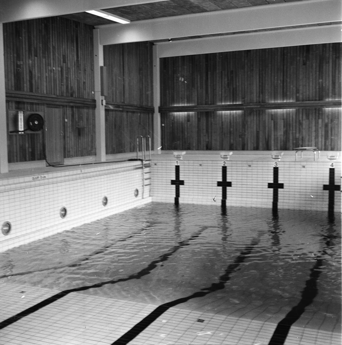 Simhallen klar för visning. September 1972
