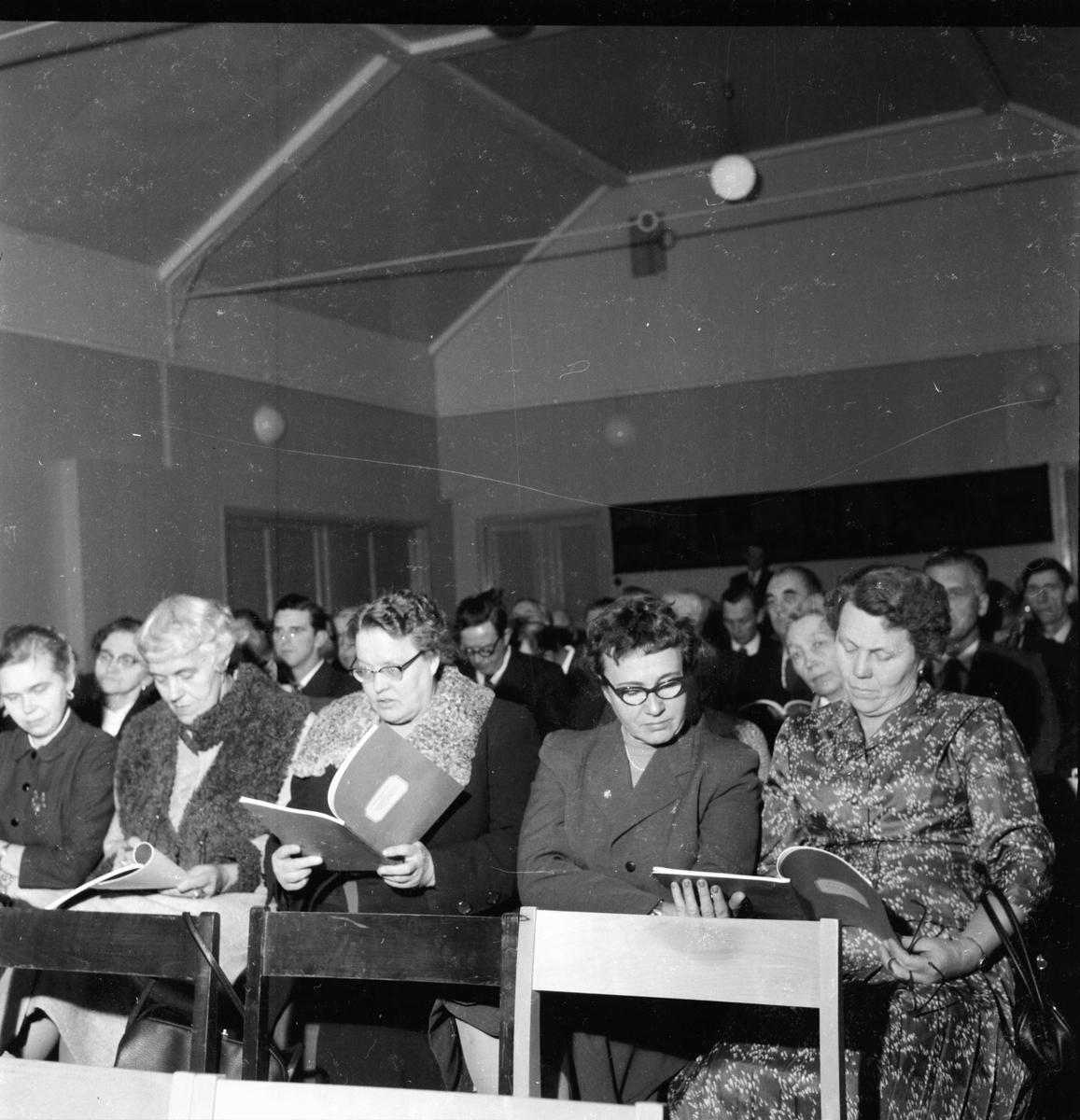 Hushållningssällskapets årsmöte i Bollnäs. 4/12 1957