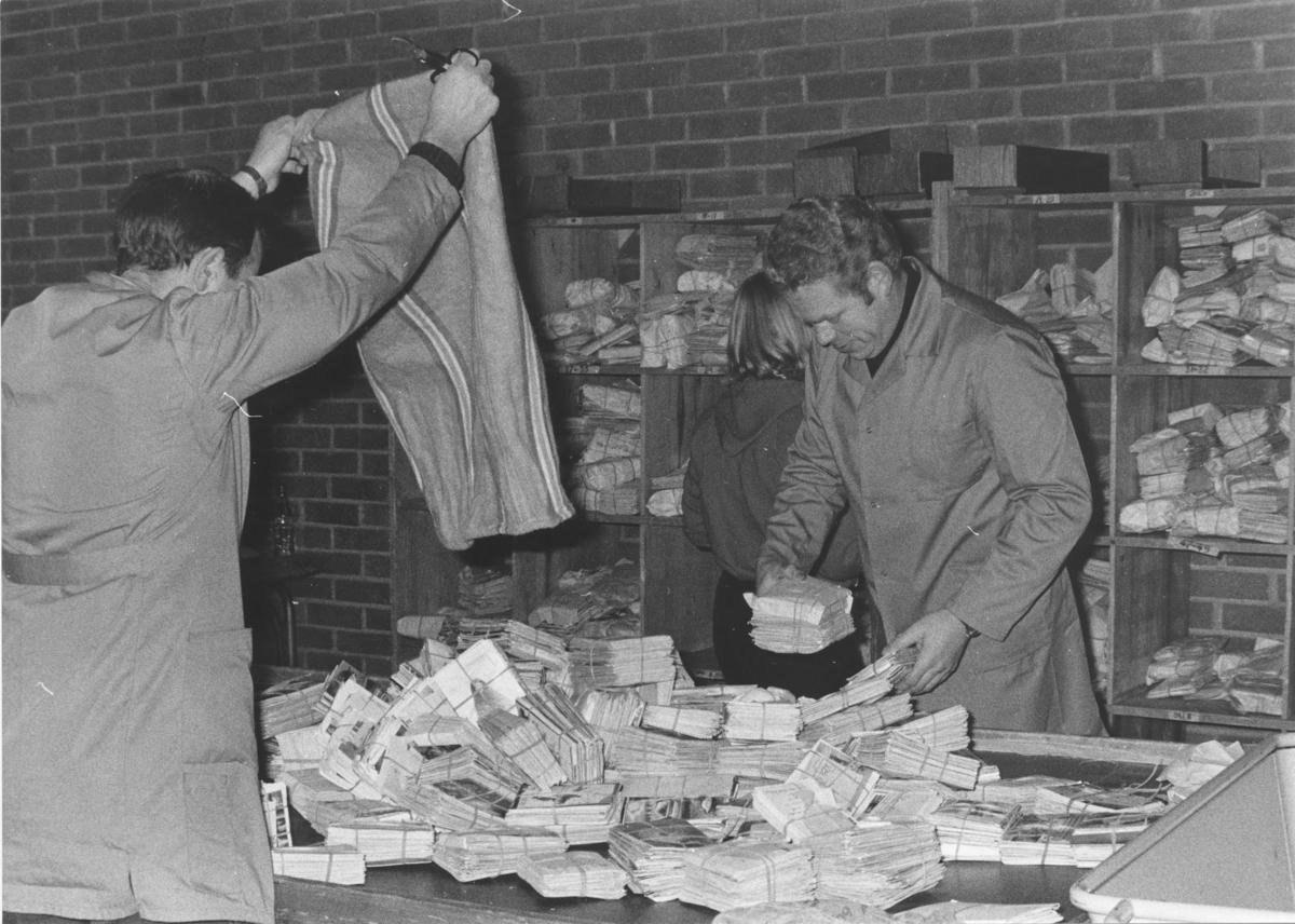 Bergen Postkontor. Sortering av post.