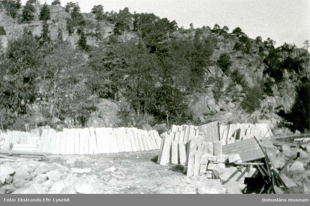 Upplag av gardister eller kantsten av granit