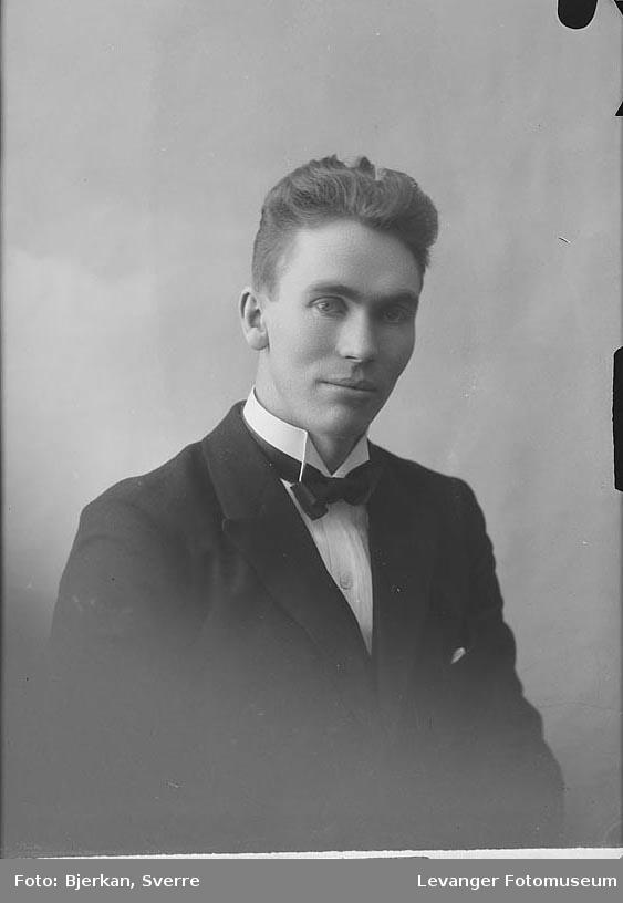 Portrett av . Kalheim.