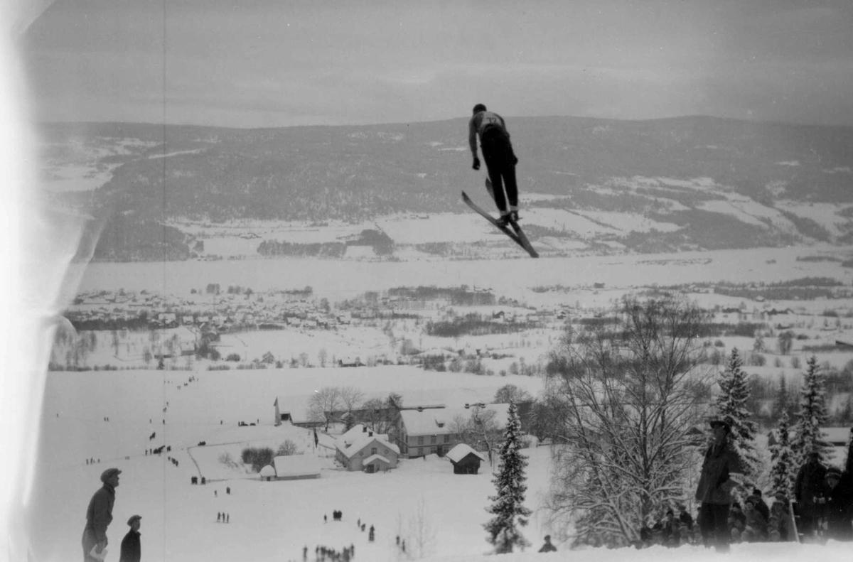 Hovedlandsrennet på Lillehammer i 1927. Hoppere i svevet