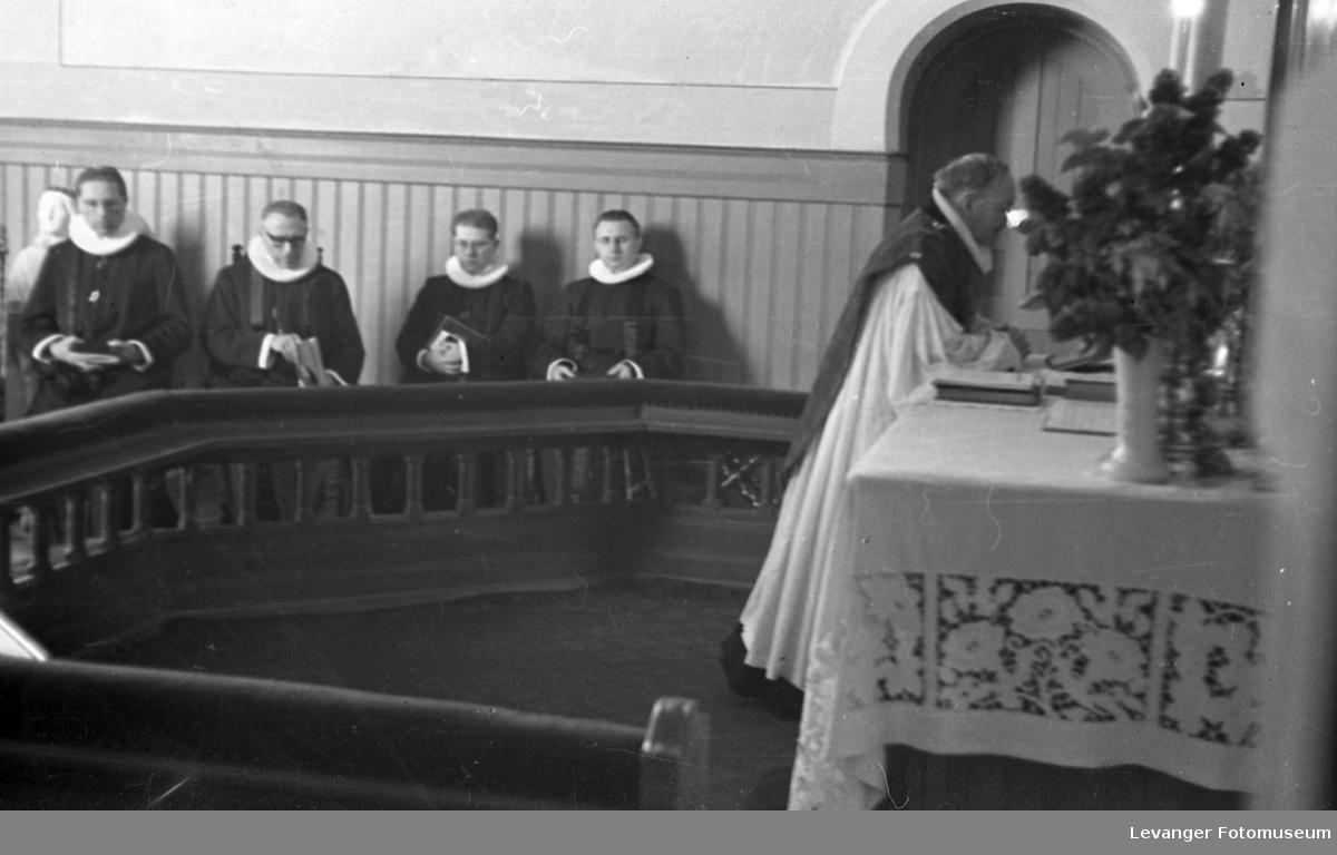 Presteviigsel, ordanisasjon av Per Kne i Levanger kirke.
