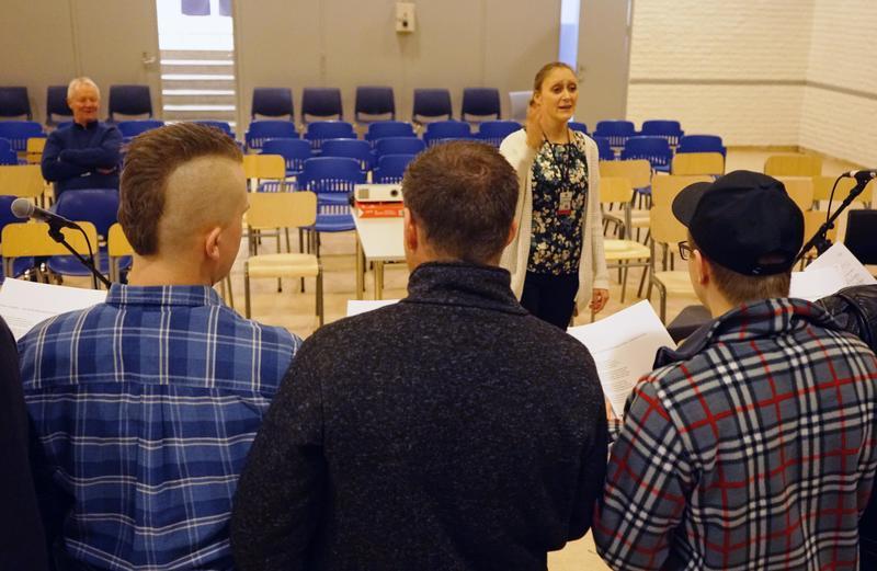 Karen Haugol Olsen, domkantor og leder for to kor i Nidarosdomen, er hentet inn for å delta i høstens korprosjekt.