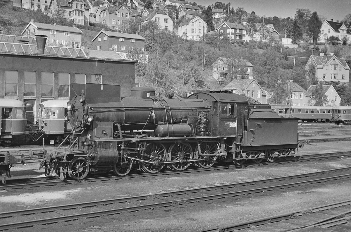 Damplokomotiv type 30b nr. 350 på Marienborg ved Trondheim.