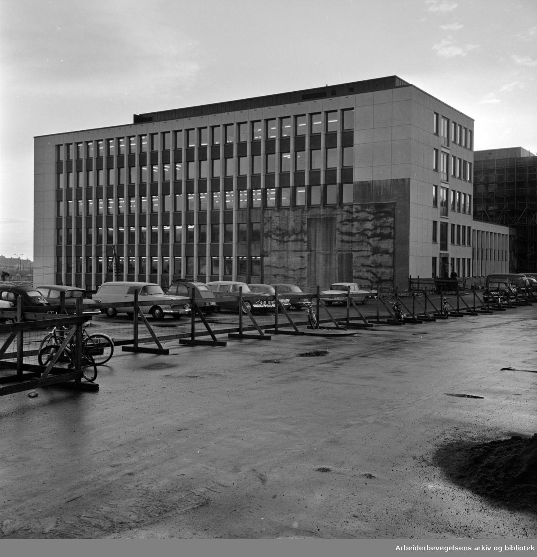 Sogn: Nye Yrkesskolen. November 1963