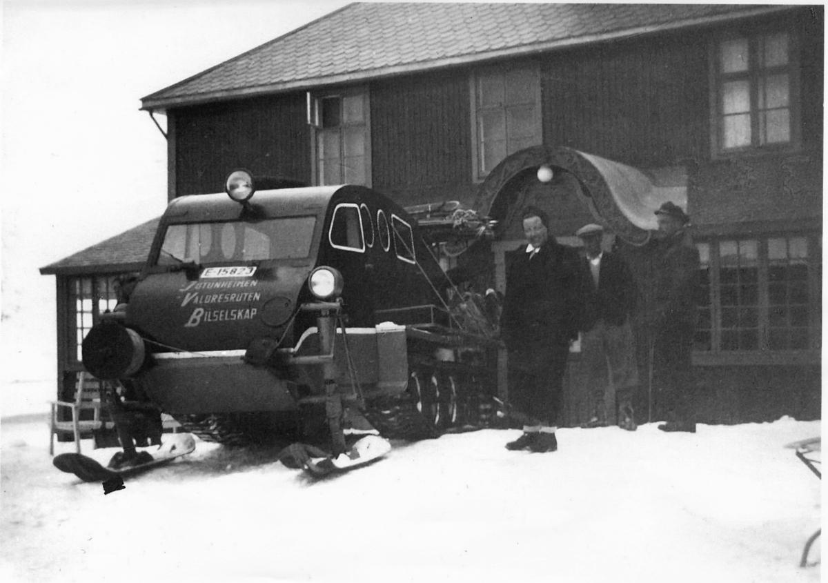 Snowmobil med regnr. E-15823 registrert 30.03.47 type Ford 1944-mod. Bombardier.