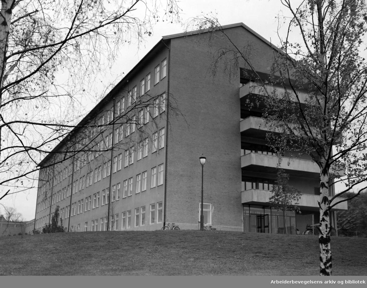 Ullevål sykehus. Pleiehjem for eldre. November 1952