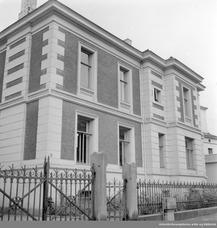 Uranienborg Terasse 9. Revisorenes Hus. September 1960
