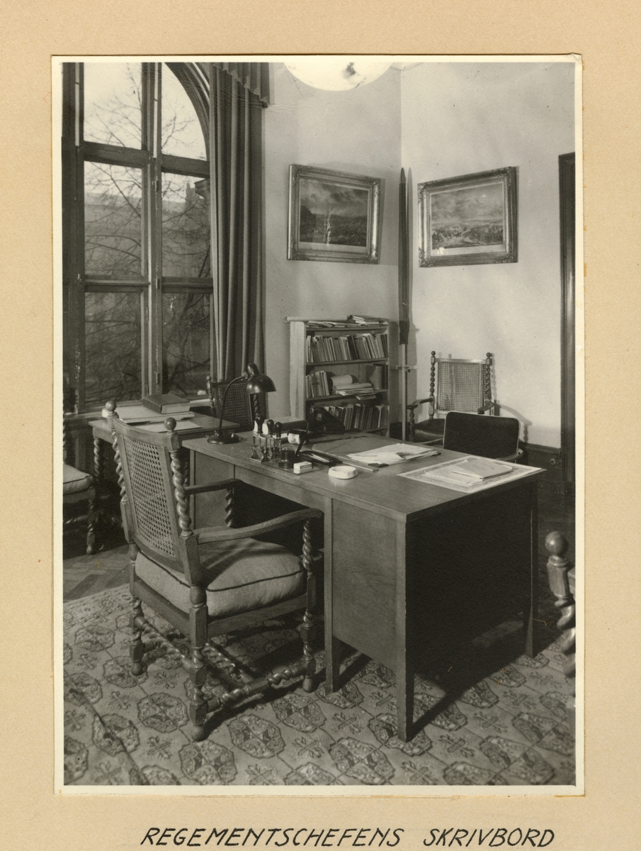 Regementschefens skrivbord, Svea artilleriregemente A 1, våren 1947.