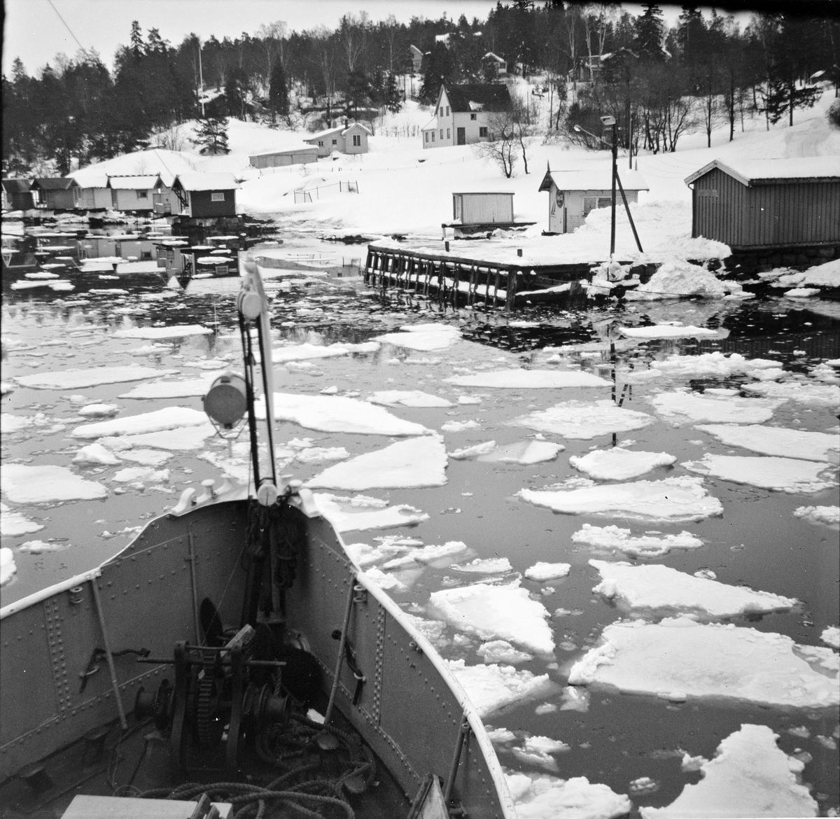 Fra MS Nesodden. Is i Bunnefjorden.