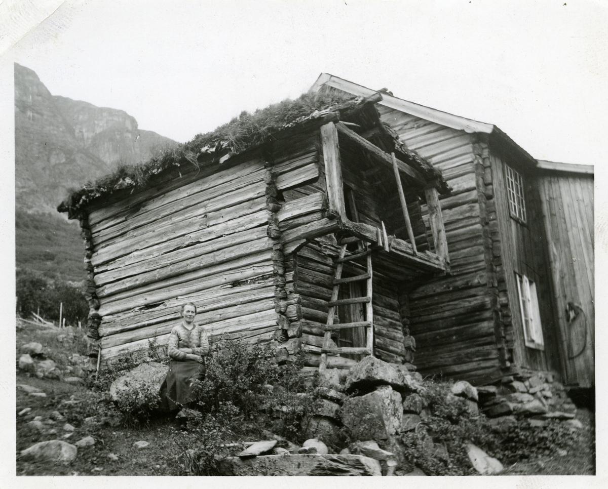 Stabbur på Brekke i Øye.