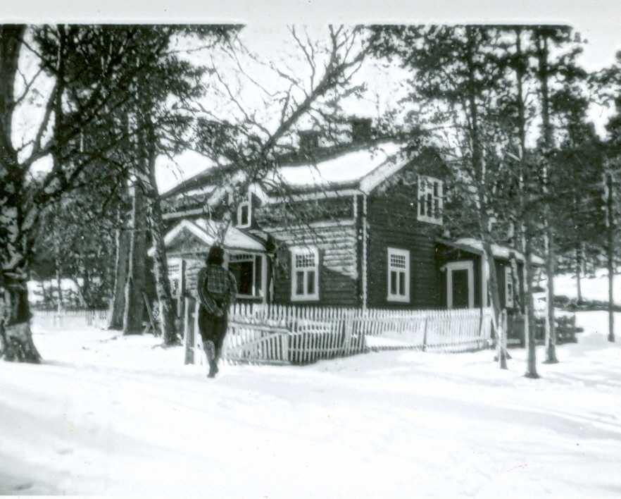 Egnundfossen, boligen